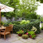 40 Ways to Maximize a Small Garden