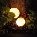 28 Cheap & Easy DIY Solar Light Projects For Home & Garden